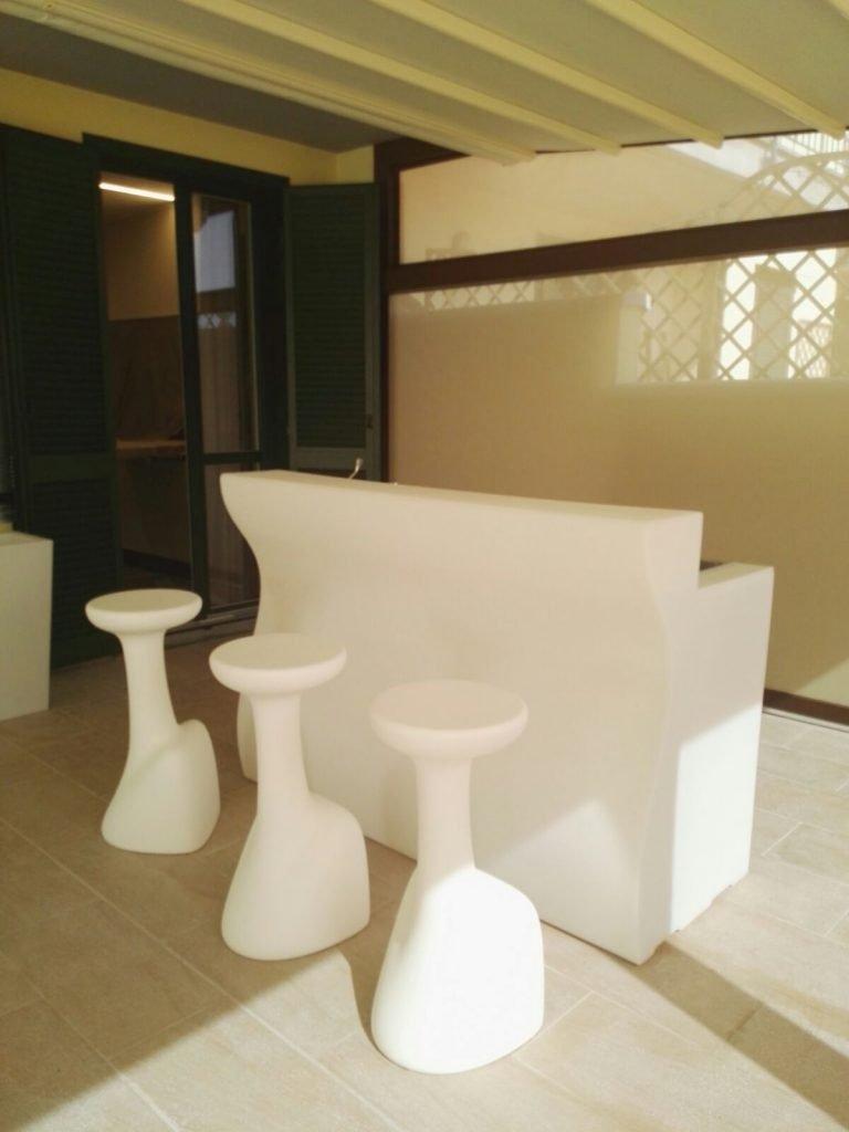 Residenziale con stile home design arredamenti for Arredamenti romanoni srl pavia